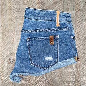 ROXY shorts size 27